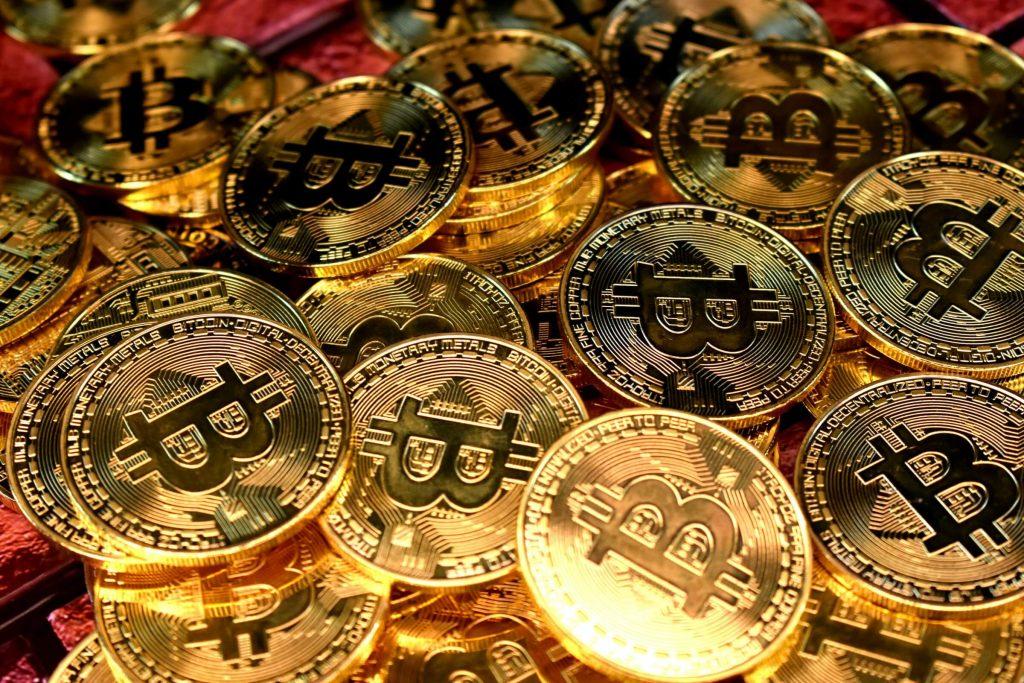 bitcoin a virtuálne meny